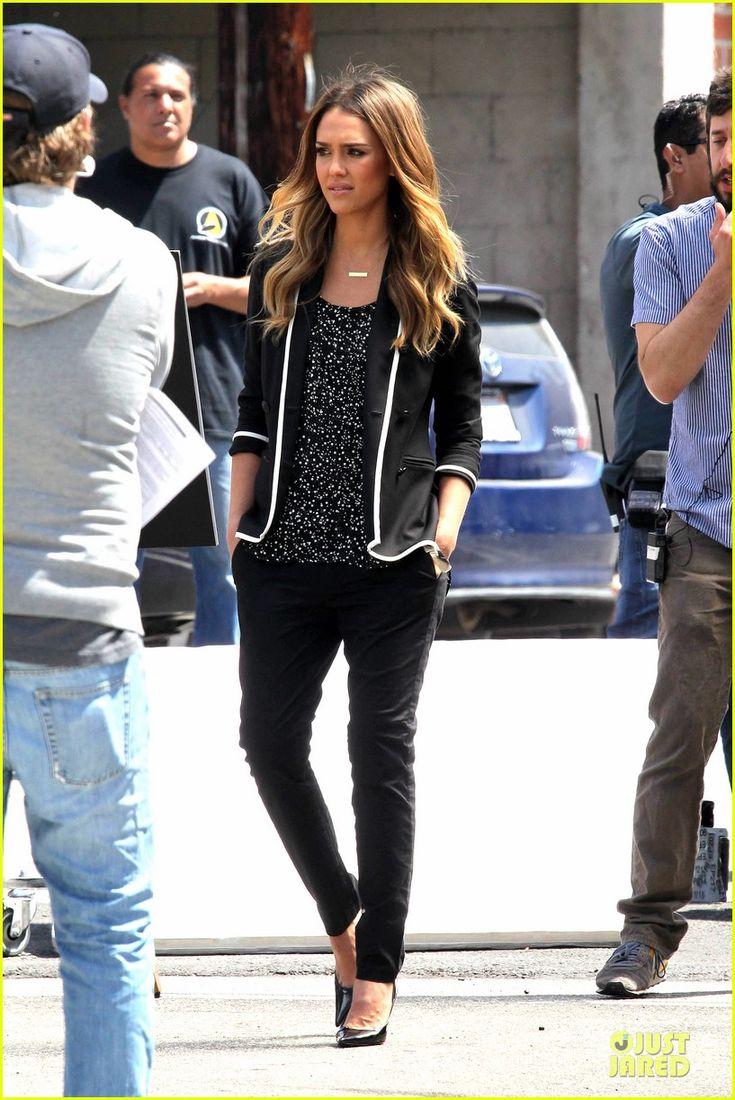 Jessica Alba: Commercial Filming in Santa Monica!   jessica alba commercial shooting in santa monica 10 - Photo
