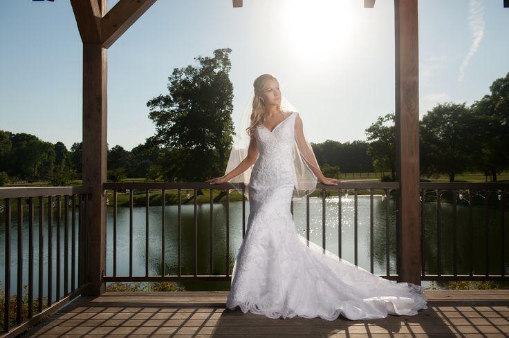 Huntsville al wedding photographer bridal portraits for Wedding dresses huntsville al