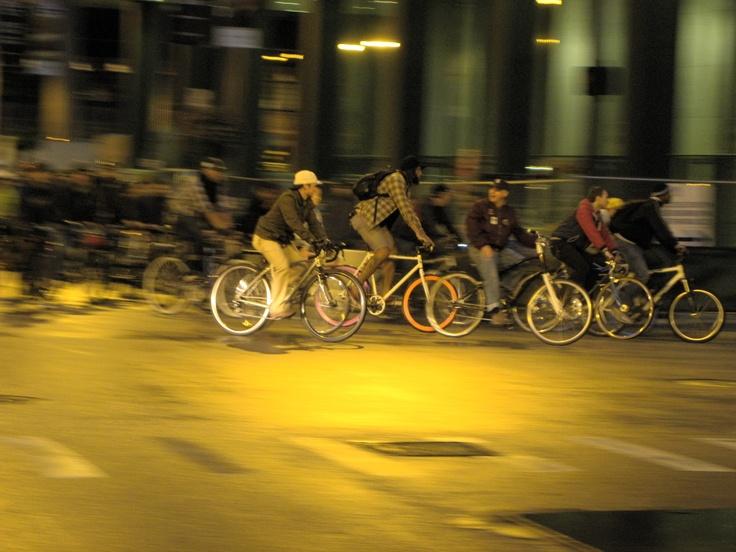 Chicago Critical Mass #bike #Nikon P90