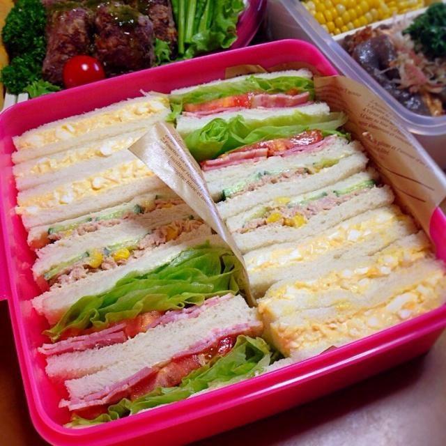 たまご、ツナ&コーン、ベーコンレタストマト。  次女リクエストでサンドイッチもプラス❤️ - 117件のもぐもぐ - 運動会、サンドイッチ。 by *みお*