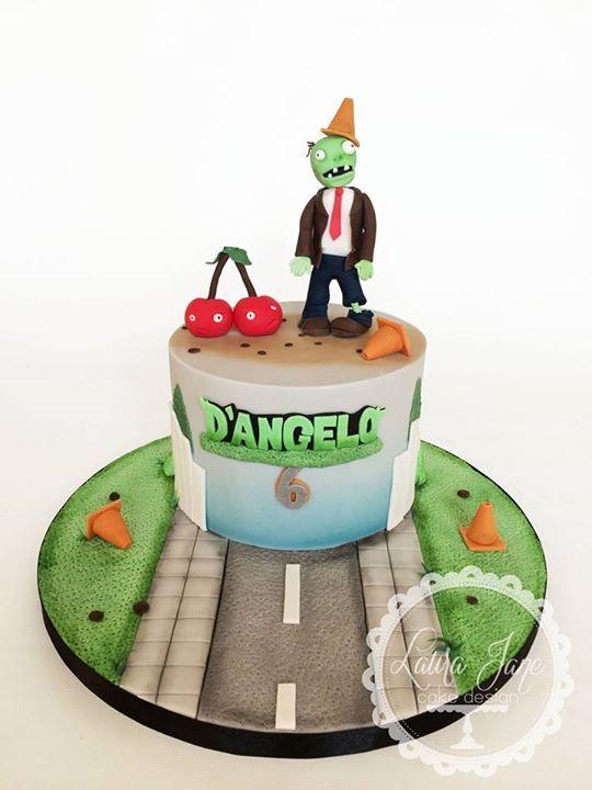 Plants vs zombies cake