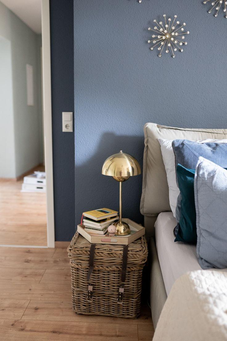 Dekosamstag: Little Greene für die Wand und iSURO Kissen im Schlafzimmer!