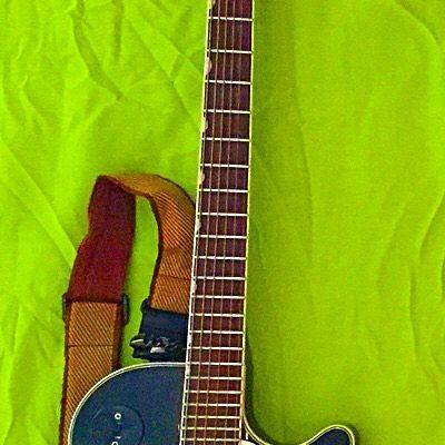 17 strings... #maxpierini #gretsch #guitar #guitarist #cort #bass #bassist #yamaha #acoustic #basso #bassista #bassporn #piezo #blues #jazz #rhythmnblues #rocknroll #fingerpicking #chitarra #chitarrista #duojet #guitarporn #instamusic #instablues #instaphoto #instaartist #instagood #instagram #followme #artist @officialgretsch @daddarioandco @gretsch @cort_guitars @yamahamusicusa