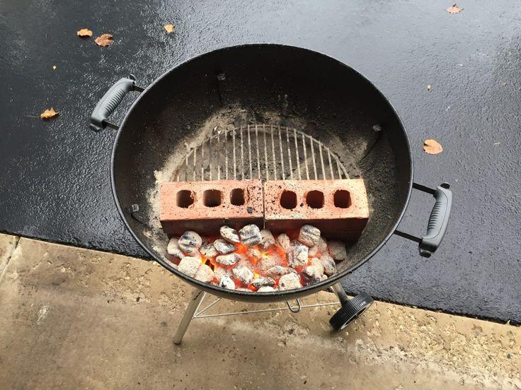 DaddyDishescom Weber Grill set up to smoke ribs