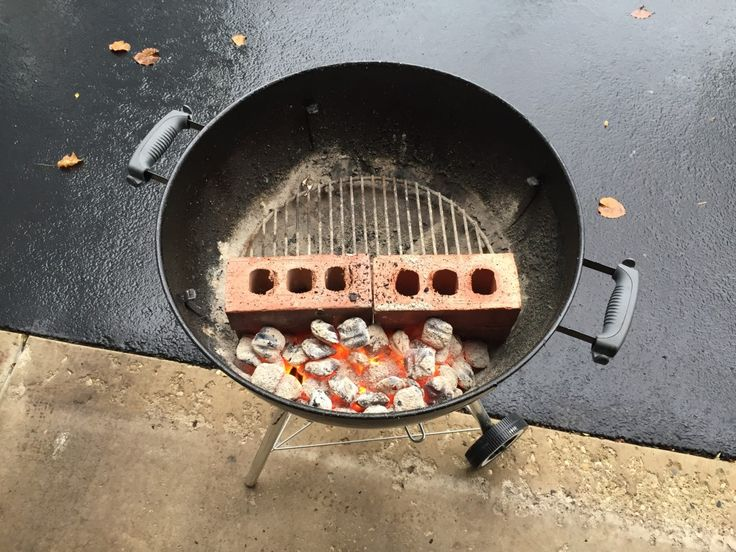DaddyDishes.com Weber Grill set up to smoke ribs!