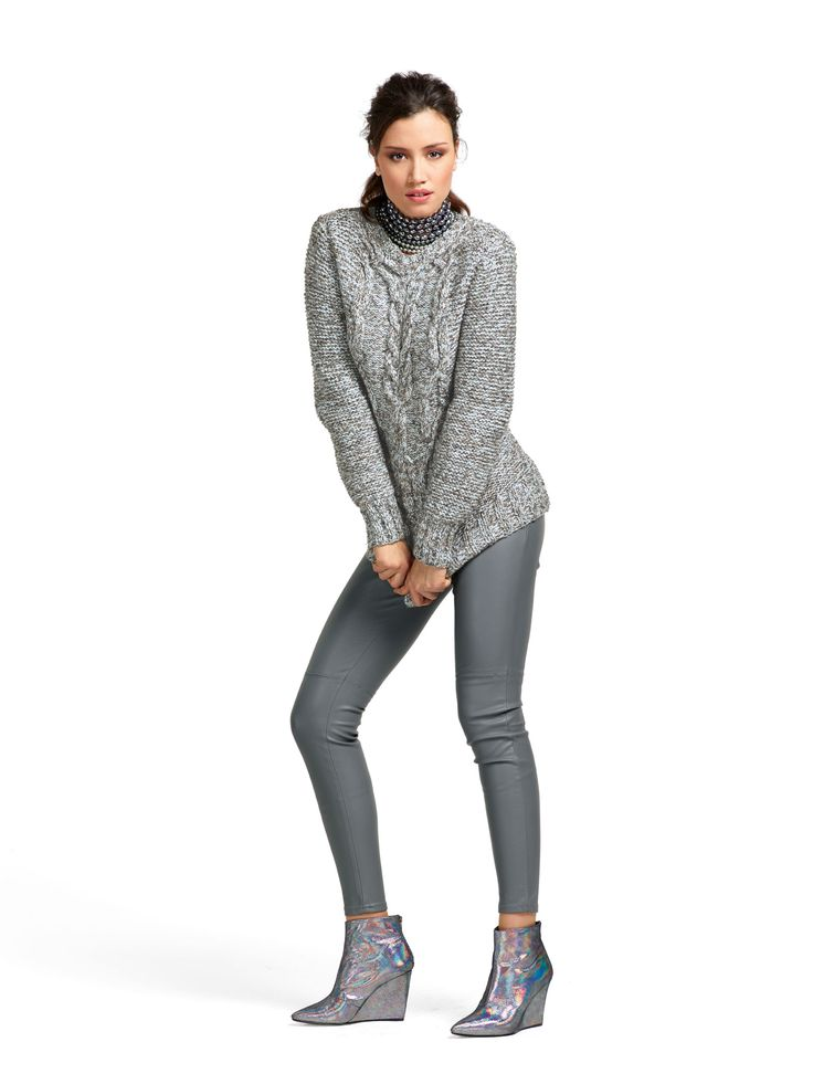 #814 Pull - Chatelle Cérac  #814 Sweater - Chatelle Cérac