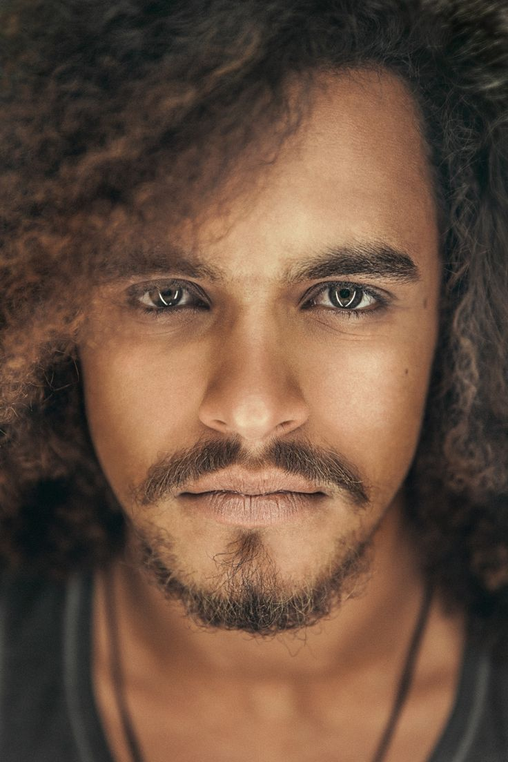 Finnish Singer Pete Parkkonen - A Jack Sparrow Look-a-like - wow, that awesome world : Photo