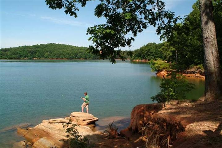 Parks hydroelectric power and fishing boats on pinterest for Lake hartwell fishing hot spots