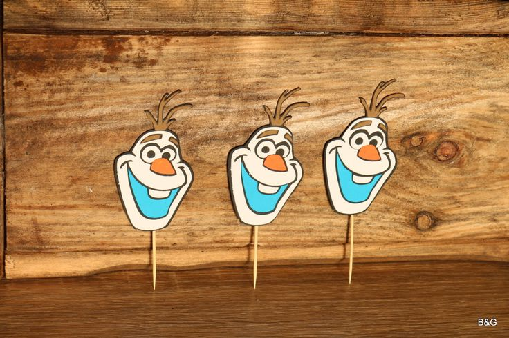 Olaf snowman, 12 piece olaf's face, cupcake topper, birthday party, frozen theme by EllyPartyShop on Etsy