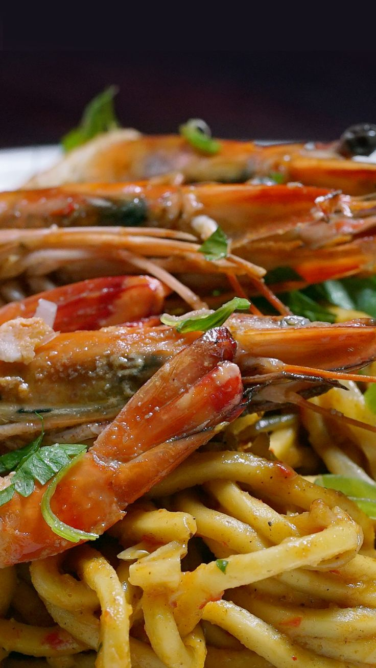 Mie Aceh adalah salah satu masakan pedas Khas Aceh, Indonesia. Mie Aceh menggunakan mie kuning tebal yang dibumbui dengan beragam rempah berisi irisan daging sapi atau daging kambing atau makanan laut atau kepiting. Mie Aceh disajikan dalam dua jenis, Mie Aceh Goreng/Tumis dan Mie Aceh Kuah. Biasanya Mie Aceh dimakan bersama acar dan juga emping.