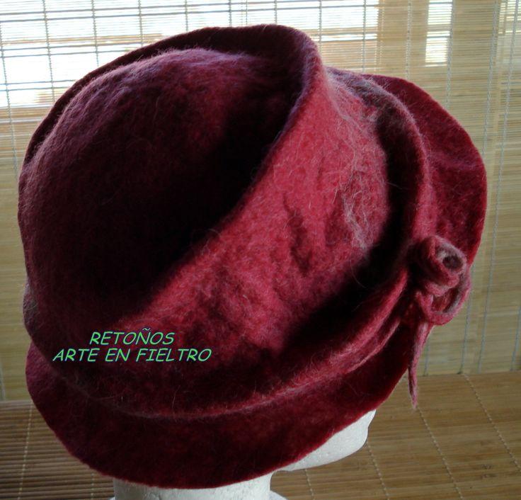 Gorros y sombreros, $150 en http://ofeliafeliz.com.ar