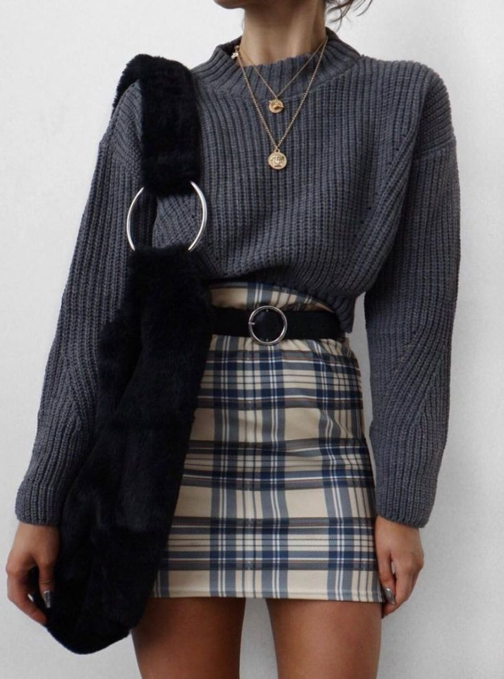 20 Amazing Plaid Outfits That Are Trendy This Season