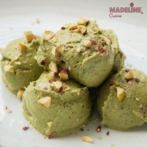 Inghetata raw de fistic - Madeline's Cuisine