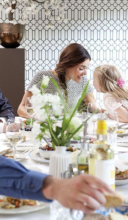 Hebben jullie ook een bruidsmeisje? Bij Mereveld zal ze zich als een prinses voelen met alle bruidstraktaties. #Mereveld Utrecht in TOP 5 populairste trouwlocaties van Nederland!