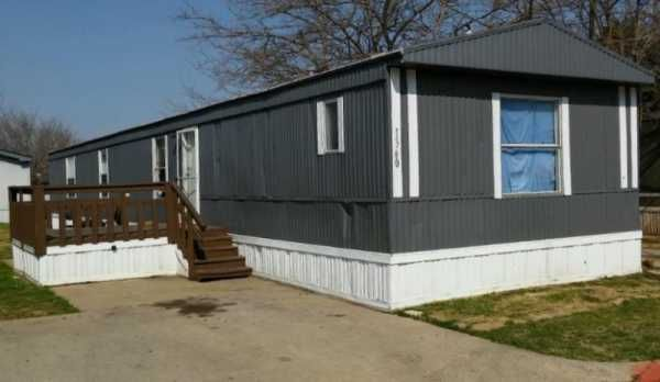 1996 SPIRIT Mobile / Manufactured Home in Grand Prairie, TX via MHVillage.com