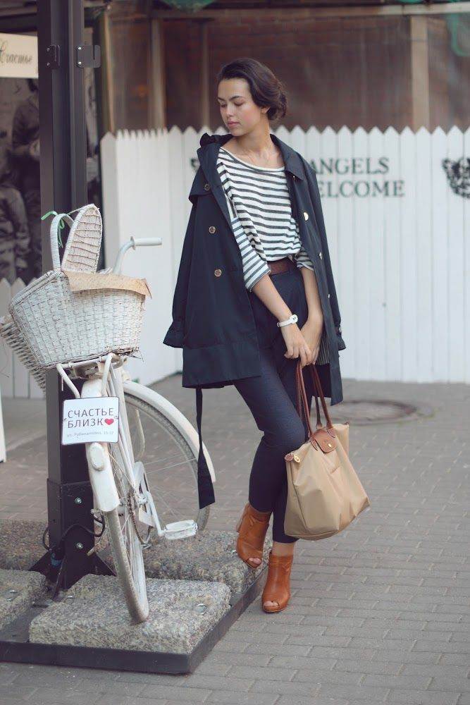 Blue jeans, stripe shirt, navy blue peacoat, brown boots, Longchamp Le Pliage Large Beige handbag.