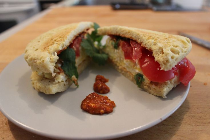 Almond Omelet Sandwich Filled with Fried Egg and Tomato (dairy-free, meatless)