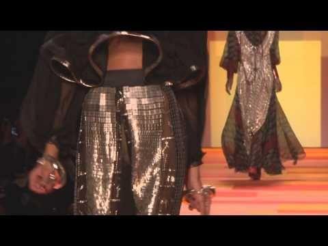 """Défilé Haute-couture 2013 de Jean-Paul Gaultier """"Les Indiennes Gypsies"""""""