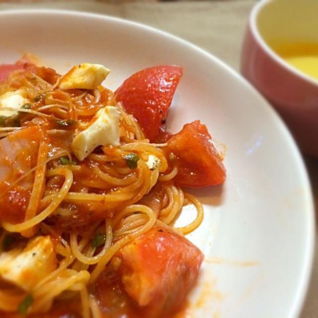 食欲が落ちた時には食べやすくていいです❤︎ - 10件のもぐもぐ - 冷製トマトパスタと冷製かぼちゃスープ by kokorokaze
