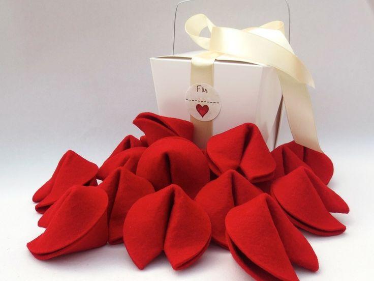 Geldgeschenke - 15 Glückskekse in einer Box - ein Designerstück von needlesandpins bei DaWanda