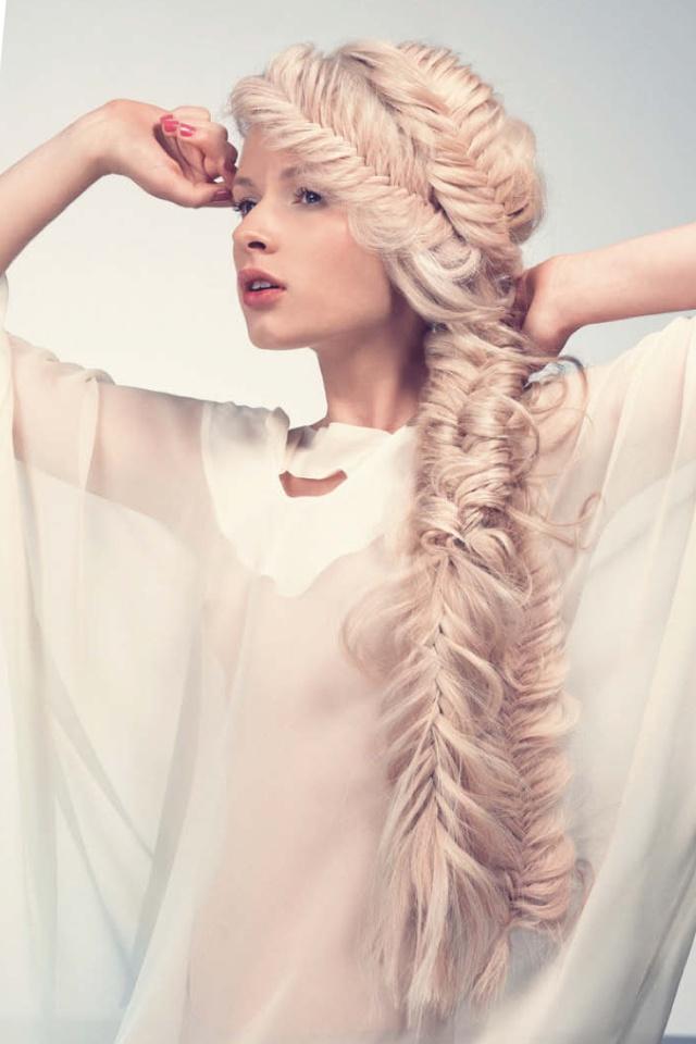 Messy fishtail braid .. I need to learn, so pretty.