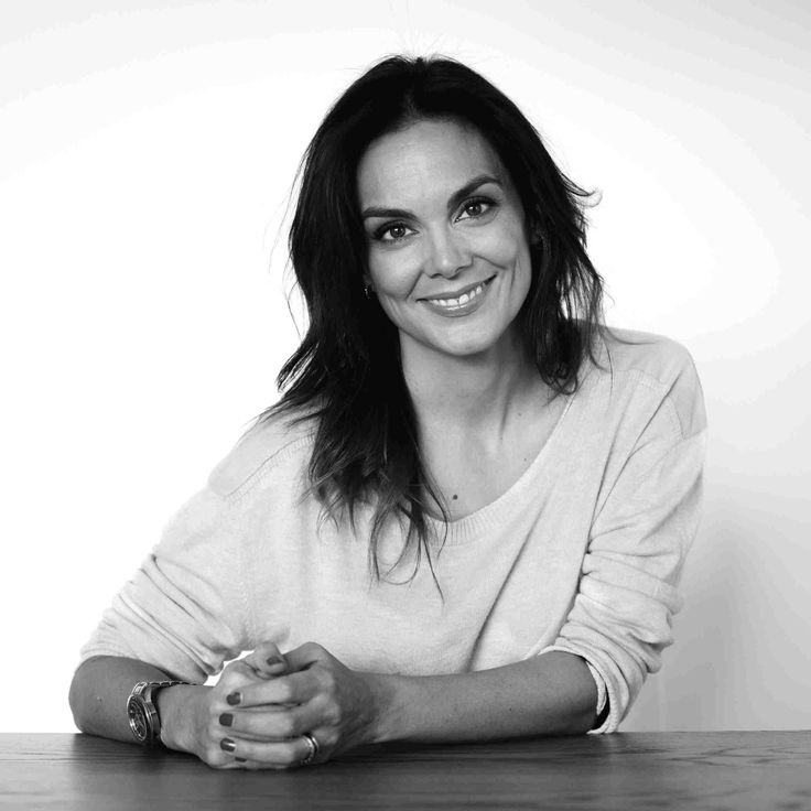 Donde los Libros Duermen: La luz de Candela - Mónica Carrillo