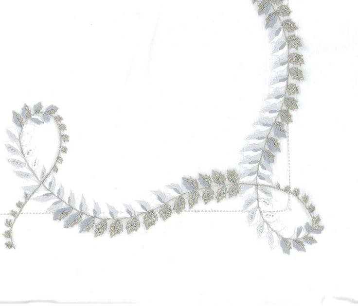 37 best eclats d 39 argent silver sparkles images on pinterest sparkles color schemes and garlands. Black Bedroom Furniture Sets. Home Design Ideas