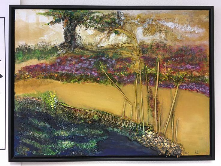 Dit kunstwerk is gemaakt op een canvas doek. Materialen : Mix media van diverse natuurlijke materialen. afmetingen 60/80cm