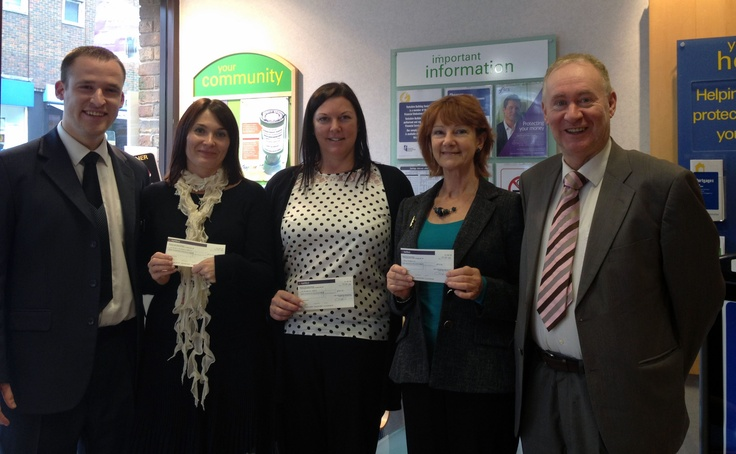 We are delighted to have been nominated for the Yorkshire Building Society's 'Make a Difference Award' which urges people to use their small change to make a big difference to local charities.     Each branch had £1000 to give away and Blind Veterans UK received a £100 donation! Big thanks to Tim Dock and Paul Green of #Yorkshire Building Society at the Haywards Heath branch, your support is much appreciated!