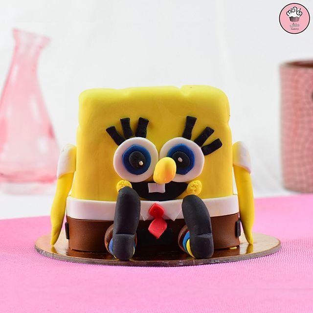 كيكة سبونج بوب لشخص واحد مع نكهة الردفلفت اللذيذة بالداخل Spongebob 1 Person Cake With Tasty Red Velvet Flavor Inside Desserts Cake Food