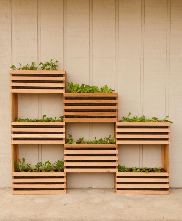 DIY Modern Space Saving Vertical Vegetable Garden - My new summer project!
