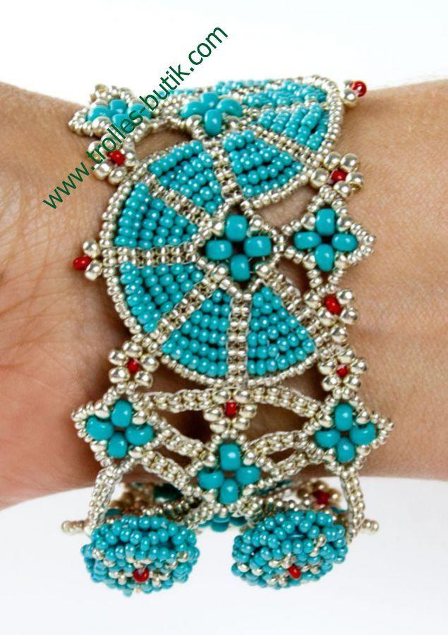 """Blue"" bracelet - Trolles Butik"