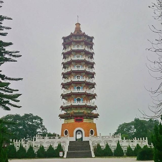 Random Fact: Taiwan is the First Democratic Country in Asia. #Taiwan #Formosa #sunmoonlake #pagoda #ancient #mountain #culture #igtravel #igtaiwan #instatravel #livetravelchannel #livetotravel #livelikeyouretraveling #travelgram #travelphotography #Asia #peace #warrenjc #destinationfantasies #welivetoexplore #explore #planetexplored #instadaily #colors_of_day