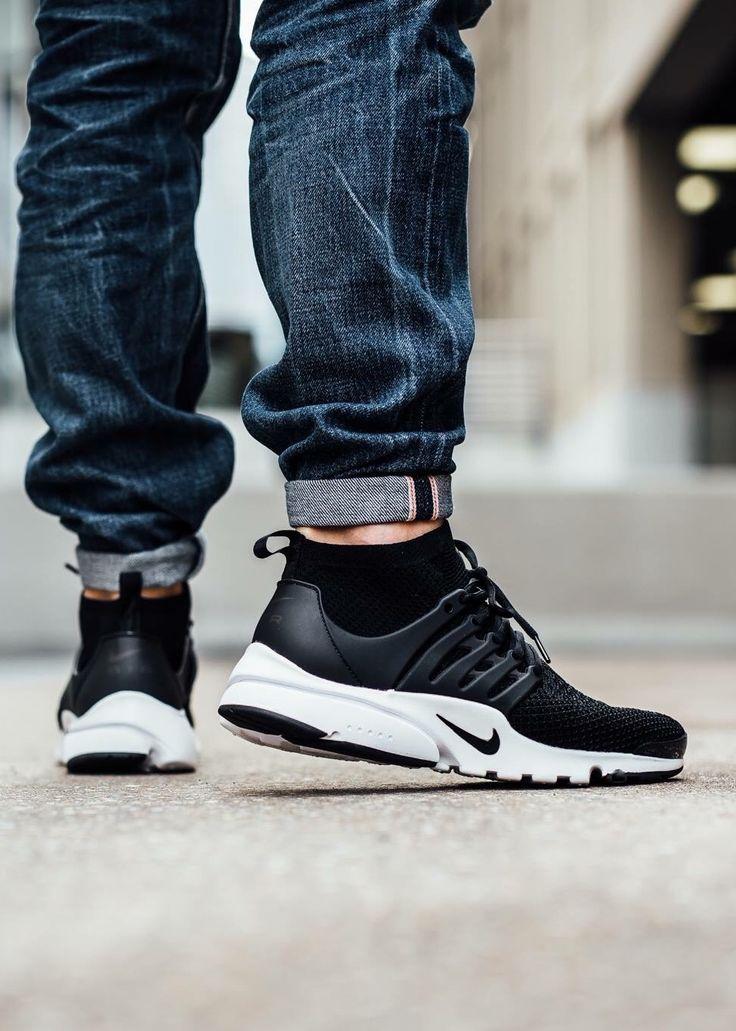 Nike Air Presto Flyknit: Black