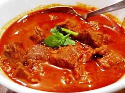 Kari Daging Sapi - Berikut ini ada cara membuat video resep kari daging sapi enak tanpa santan ncc asli sajian sedap arab india jawa banjar solo padang aceh paling sederhana.