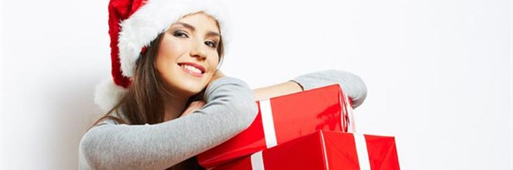 De gode #julegaveideer til hende finder du her, hvad enten det er til kæresten, konen, mor, svigermor, mormor eller veninden - de #gaveideer virker på alle | Shopsites.dk