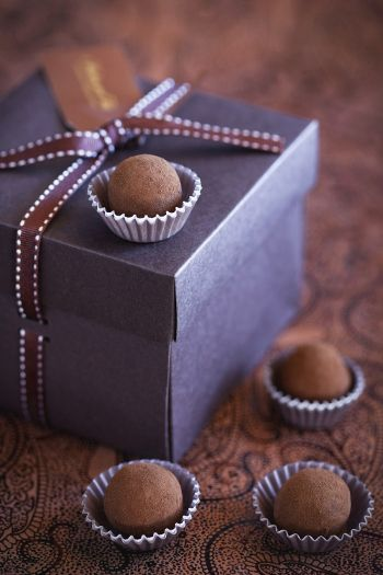 Christmas Food Gift Idea: Chocolate Orange Truffles - A Pinch of This, a Dash of That