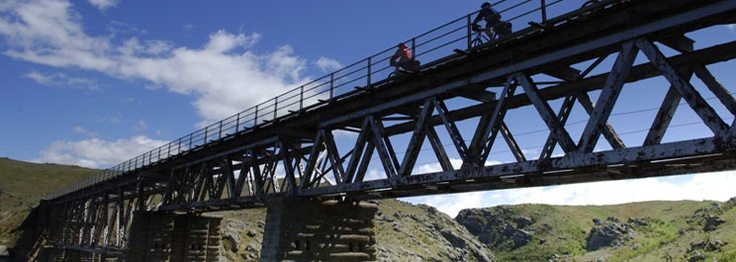 Central Otago Rail Trail Cycle Holiday NZ.   www.offtherails.co.nz