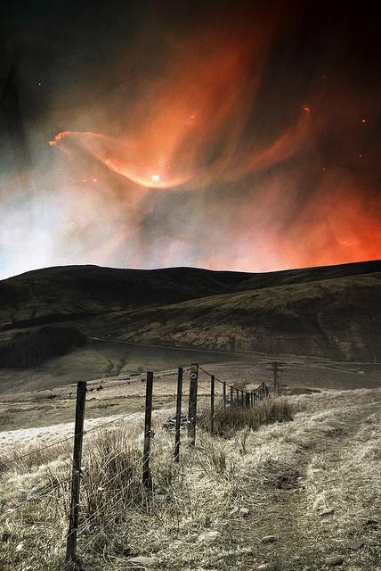 "Aurora Borealis ~ Sunrise or Sunset ~ Pentland, Scotland ~ Miks' Pics ""Nature Scenes lll"" board @ http://www.pinterest.com/msmgish/nature-scenes-lll/"