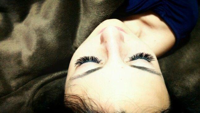 Циганка с eyelash extensions :)