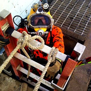 how to become a diver welder
