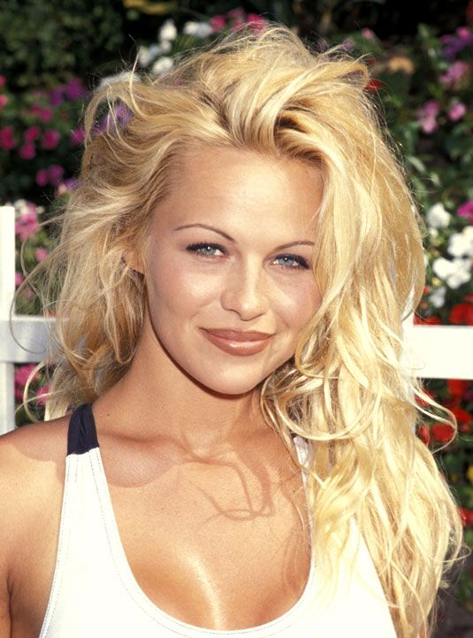 Beauty Looks From the Nineties - Hair and Makeup Trends You Forgot About - Cosmopolitan