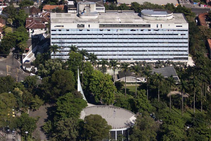 Hospital Sul América | Hospital da Lagoa | ArqGuia Hospital da Lagoa - Oscar Niemeyer – Wikipédia, a enciclopédia livre (capela do hospital)
