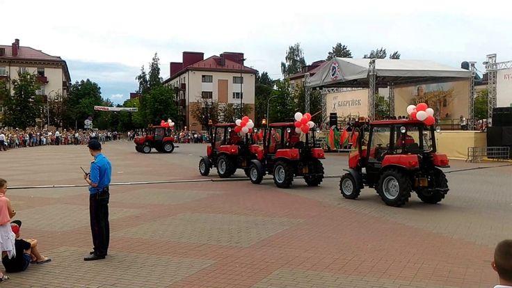 Танцующие тракторы Беларус-320.4