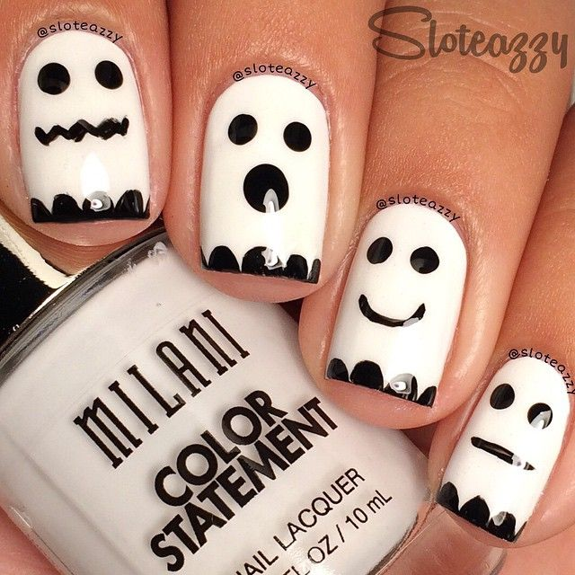 Simple #Halloween ghost #nailart ===== Check out my Etsy store for some nail art supplies https://www.etsy.com/shop/LaPalomaBoutique