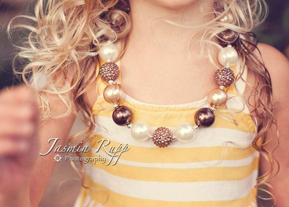 chunky beaded necklace