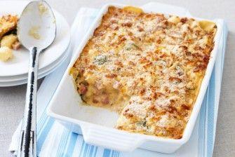 Σουφλέ ζυμαρικών με τυριά και μπέϊκον