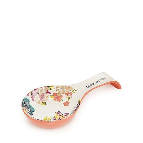 This spoon rest is both stylish and contemporary, perfect for keeping surfaces clean and hygienic. Featuring a floral pink and cream design and a 'lean on me' print, it offers a no-mess solution.