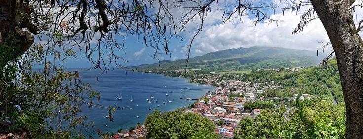 Saint-Pierre vu depuis la route du morne d'Orange. #Martinique #Antilles #France