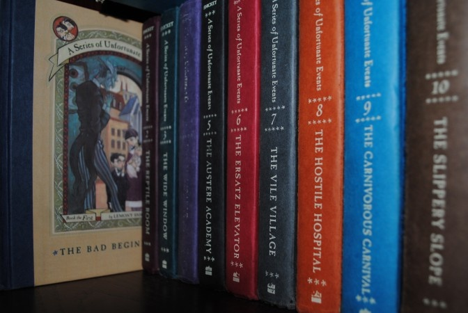 I really loved this series, but I don't think I ever actually finished it. I think it is time for a re-read.: Reread Lemony, I Do, Dreams Ideas Visu Beautiful, Hellogiggl, Childhood, Unfortun Events, Lemony Snicket, The Roller Coasters